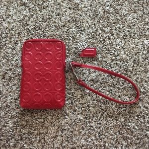NWOT Coach Julia Red Patent leather wristlet